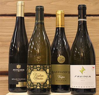 bottiglie-offerta-vini-bianchi-vinacoteca
